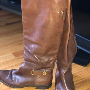 Coach	Tall Boot	8.5	Brown	Excellent Condition